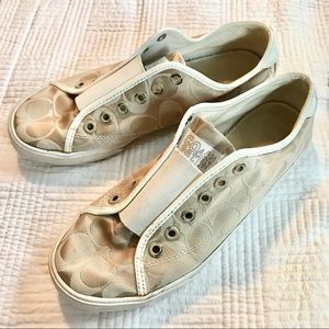 Nude Coach Sneakers ✨